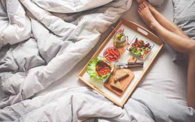 Warum edle Bettdecken ein ideales Hochzeitsgeschenk sind